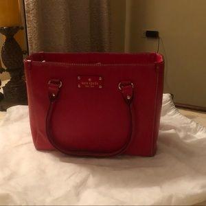 Kate spade wellesley Quinn red top Handel bag